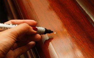 Как убрать царапины на полированной мебели и можно ли это сделать