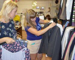 Как стирать одежду из секонд-хенда, как удалять характерный запах