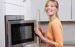 Как убрать запах из микроволновки, основные эффективные методики
