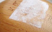 Как удалить наклейки с мебели не повредив декоративную поверхность