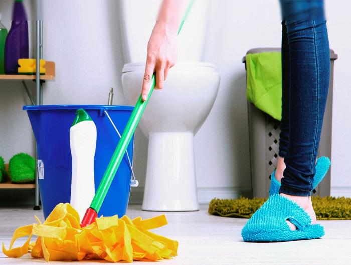 Уборка ванной комнаты и туалета