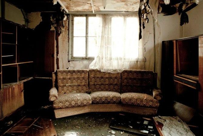 Сгоревшая квартира в доме