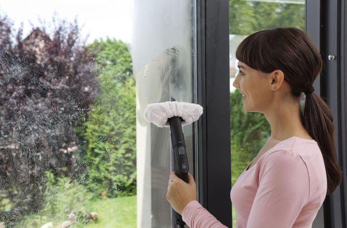 Парогенератор помогает помыть окна