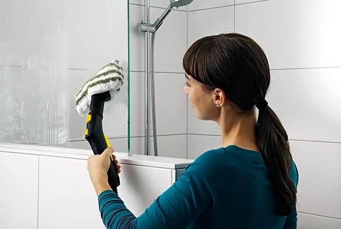 Использование парогенератора для уборки в ванной