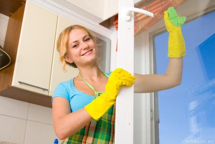 Мытье окон на кухне