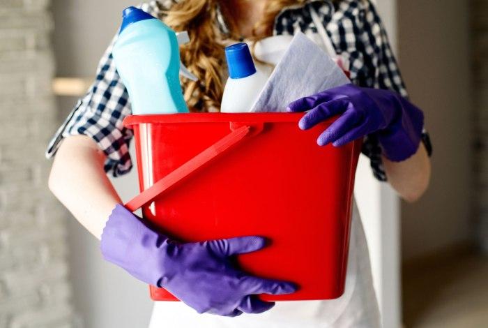Материалы для уборки дома