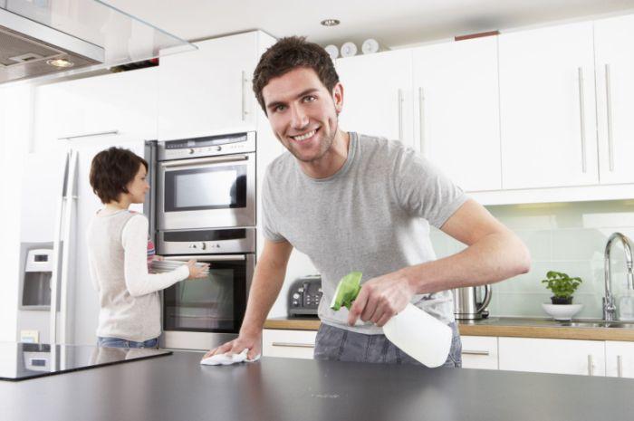 Наведение порядка на кухне всей семьей