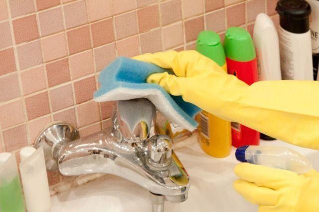 Уборка в перчатках позволит защитить руки