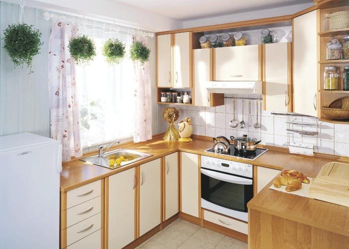 Чистая и опрятная кухня