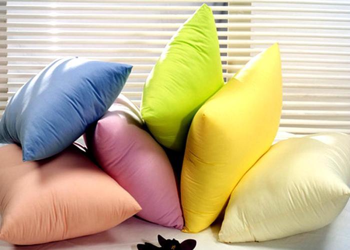 Цветные подушки для хорошего сна