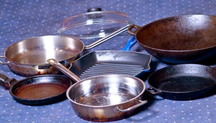 Подготовленная для качественной очистки посуда