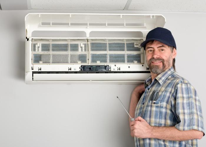 Как правильно почистить кондиционер у себя дома