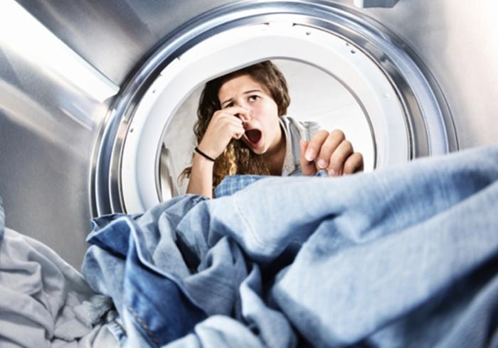 Неприятный запах от плесени внутри стиральной машины
