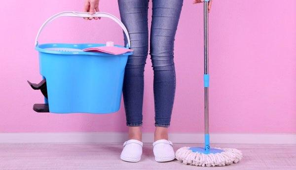 Подготовка к мытью напольного покрытия