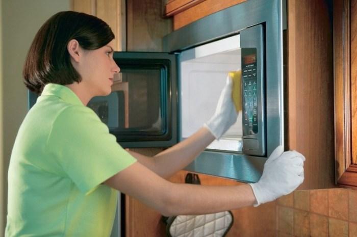 Чистка и уборка микроволновой печи
