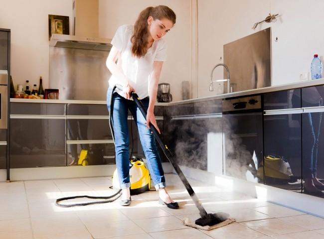 Пароочиститель можно использовать для уборки разных мест дома