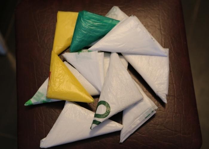 Известная техника сворачивания пакетов из целлофана