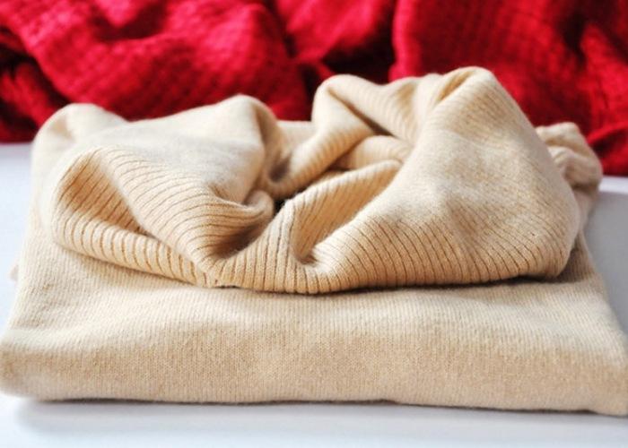 Приятный свитер из качественной ткани