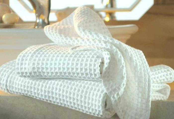 Недавно постиранное кухонное полотенце