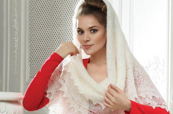 Теплый, удобный и красивый платок