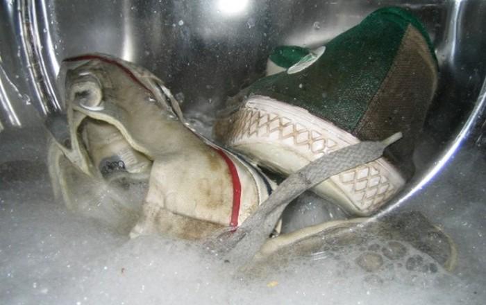 Неправильная стирка обуви