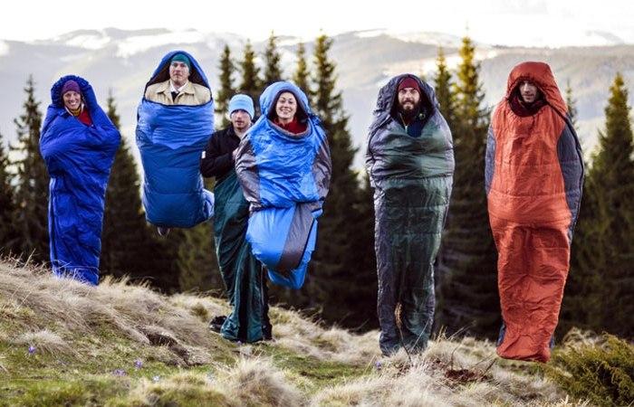 В походе все используют спальные мешки