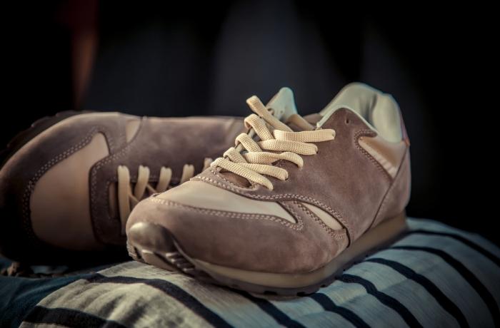 Красивые и удобные кроссовки