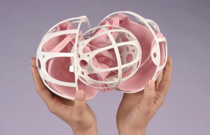 Загрузка нижнего белья в шарик