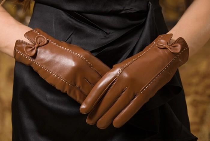Женские коричневые кожаные перчатки