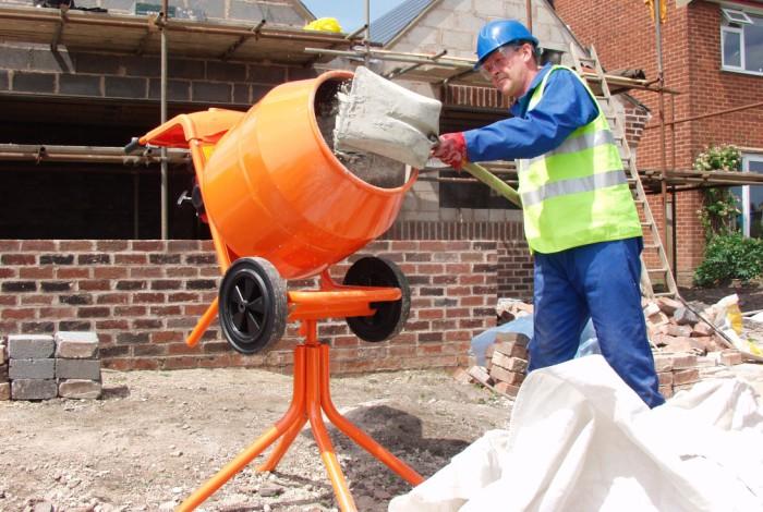 Подготовка цементной смеси к работе