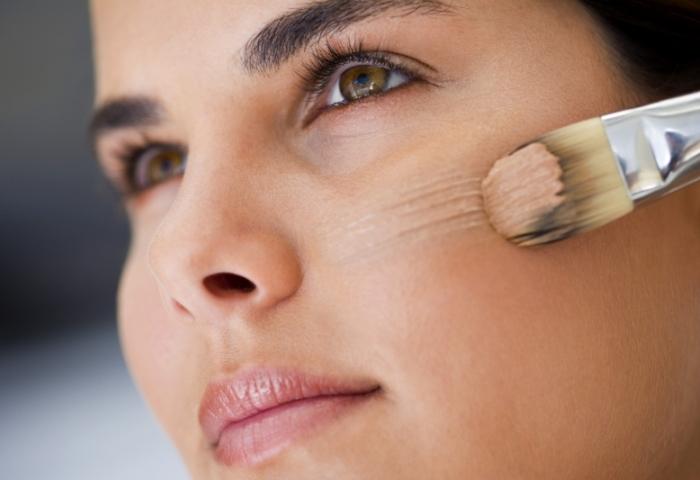 Использования тонального крема для кожи