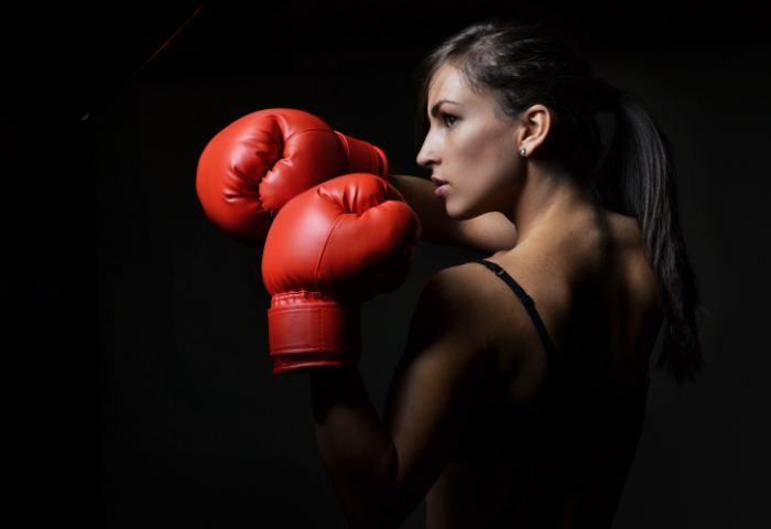 Встречаются женщины занимающиеся боксом