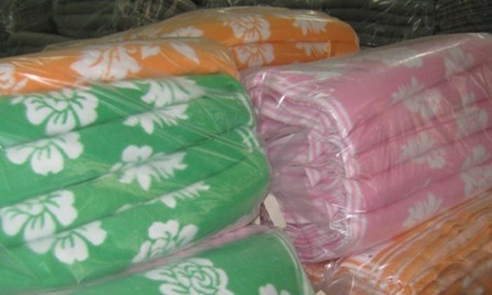 Байковое одеяло в разном цвете