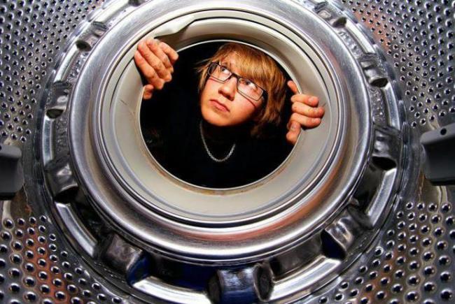 Чтобы стиральная машина нормально работала, за ней нужно ухаживать