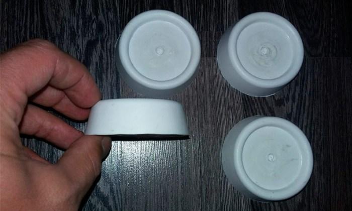 Резиновые ножки белого цвета для бытовой техники