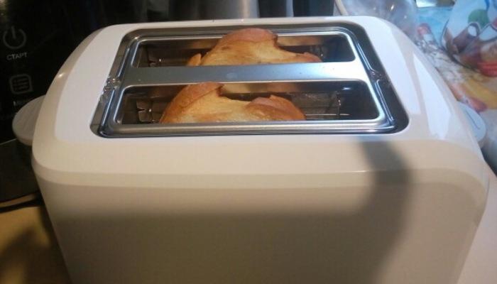 Приготовление тостов для утреннего завтрака