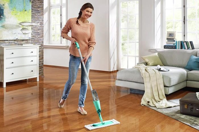 Довольная домохозяйка